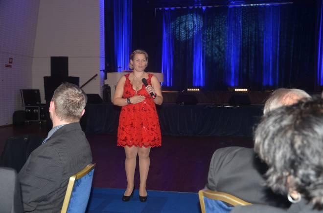 SAFEs forbundsleder, Hilde-Marit Rysst, talte til jubilanten.