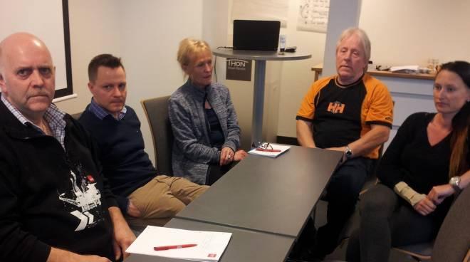Ikke helt enkelt å være tillitsvalgt med slike «arbeidsgivere» som Olav Lindland ved bordenden