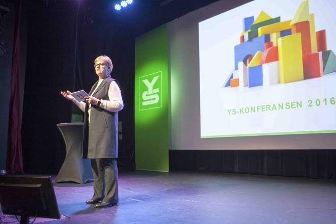 Jorunn Berland på YS-konferansen 2016. Foto Astrid Hellwig.