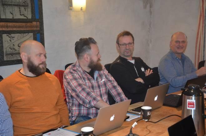 Fra områdeutvalgets møte som behandlet saken. Alf Rune Kalland er nummer to fra høyre.