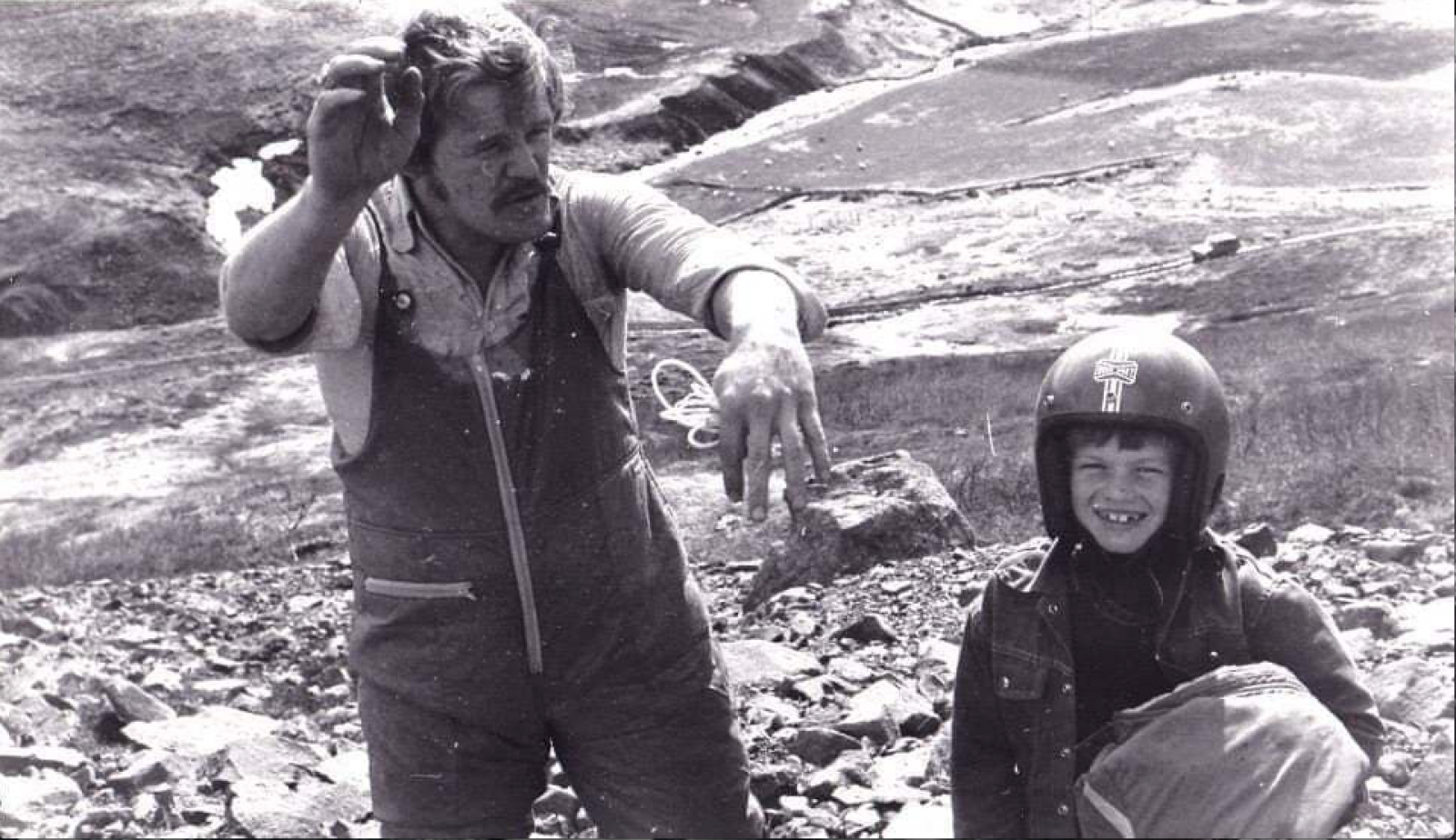 Herbert Hansen elsket paragliding og lærte opp sønnen Halgrimur i sporten.