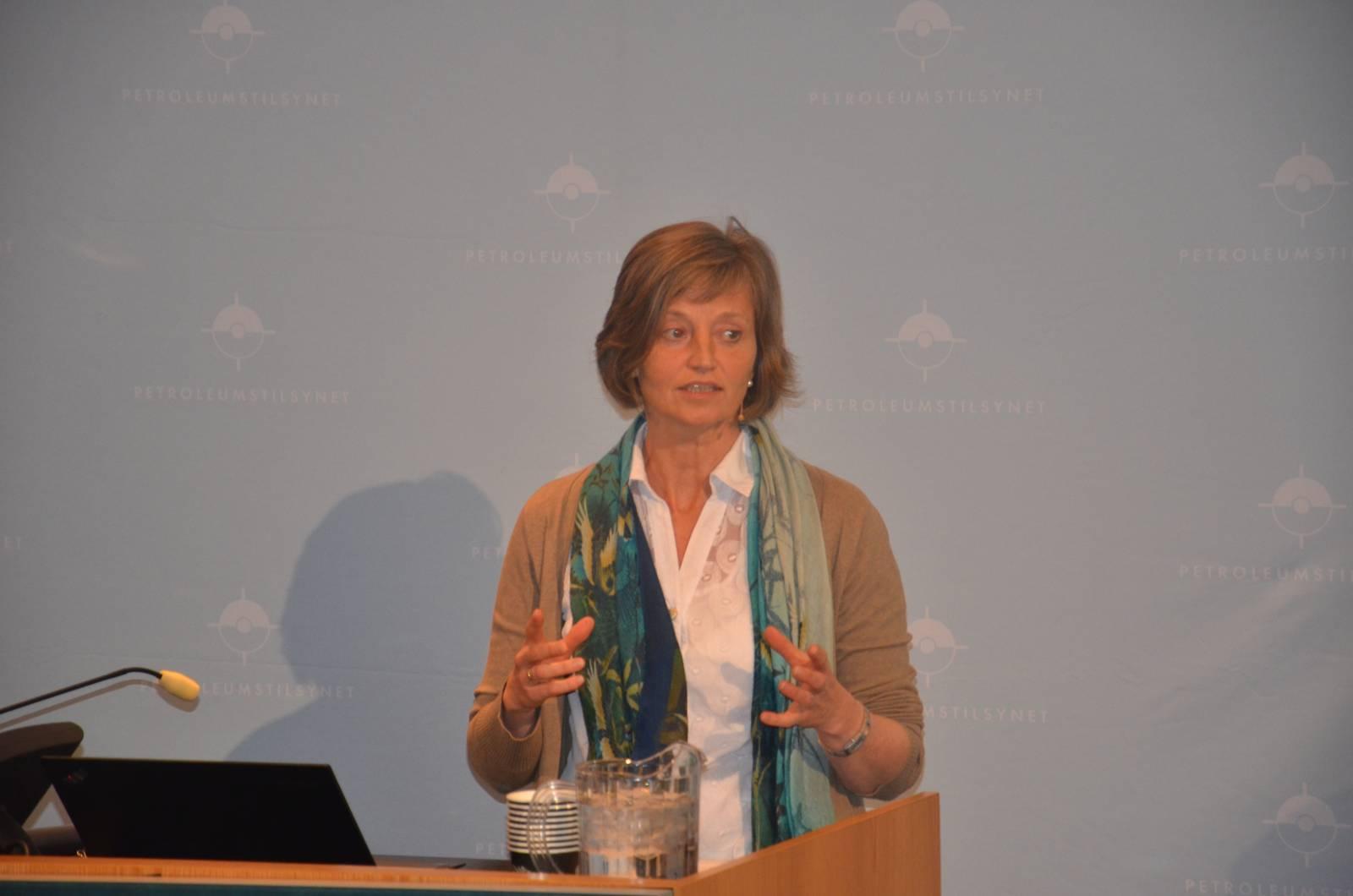 Anne Myhrvold, Ptil