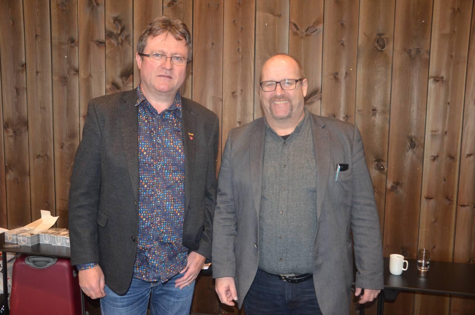 Roy Erling Furre og Ole Andreas Engen. Engen er professor i samfunnssikkerhet ved UiS. Han og Roy Erling har jobbet mye sammen. Foto: Mette Møllerop