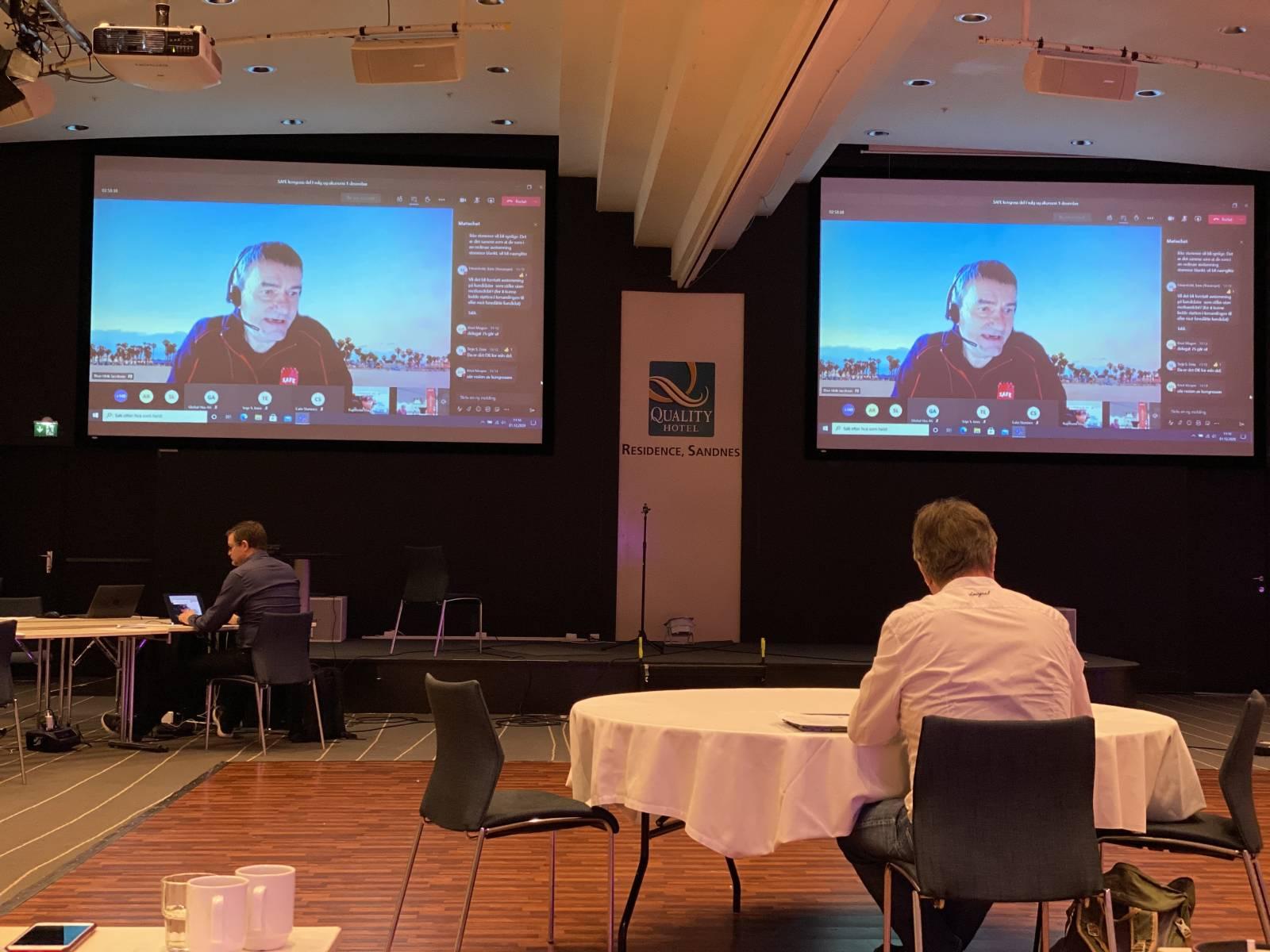 Thor Ulrik Jacobsen la fram valgkomiteens innstilling.
